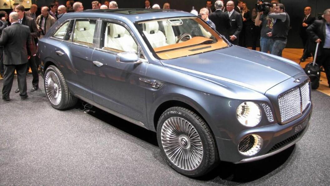 <strong>NUMMER TRE:</strong> SUVen, som går under navnet EXP 9 F, blir Bentleys tredje modell ved siden av luksuskrysserne Mulsanne og Continental. FOTO: Martin Jansen