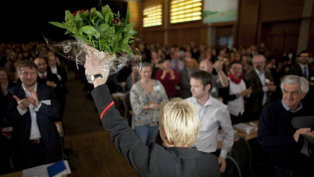 <strong>GÅR AV ETTER 15 ÅR:</strong> Kristin Halvorsen blir hyllet av landsmøtet etter talen sin. Foto: Sveinung U. Ystad, Dagbladet