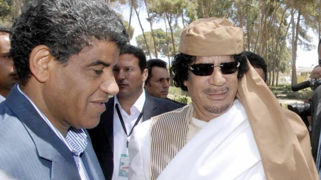 <strong>ARRESTERT:</strong> Muammar Kadhafis spionsjef (t.v), Abdullah al-Senussi, ble i dag pågrepet i Mauritania. Foto: EPA/SABRI ELMHHEDWI/SCANPIX