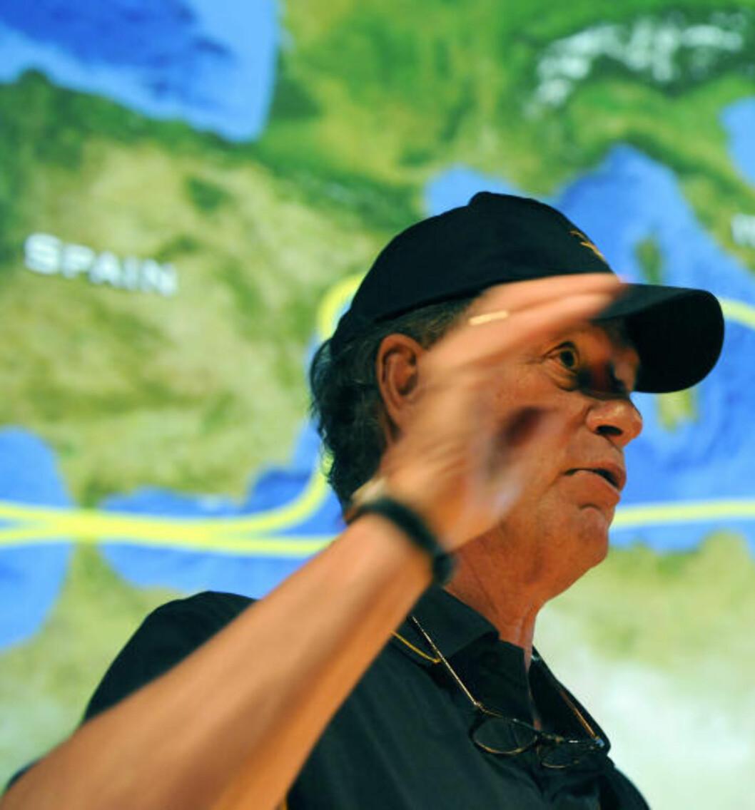 FANT TITANIC:  Robert Ballard har funnet en rekke skipsvrak på havbunnen. Mest kjent er han for å ha funnet Titanic. Nå snakker han ut og røper at det hele var en dekkoperasjon. Foto: (AP Photo/The Day, Tim Martin)