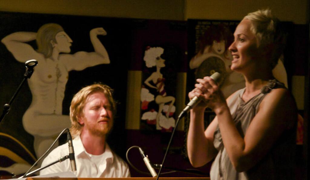 LIVE/LIEN:  Helge Lien og Live Maria Roggen er gode på plate, men kanskje enda et hakk bedre å oppleve live, som her på Nesodden Jazzklubb tidligere i høst. FOTO: TERJE MOSNES