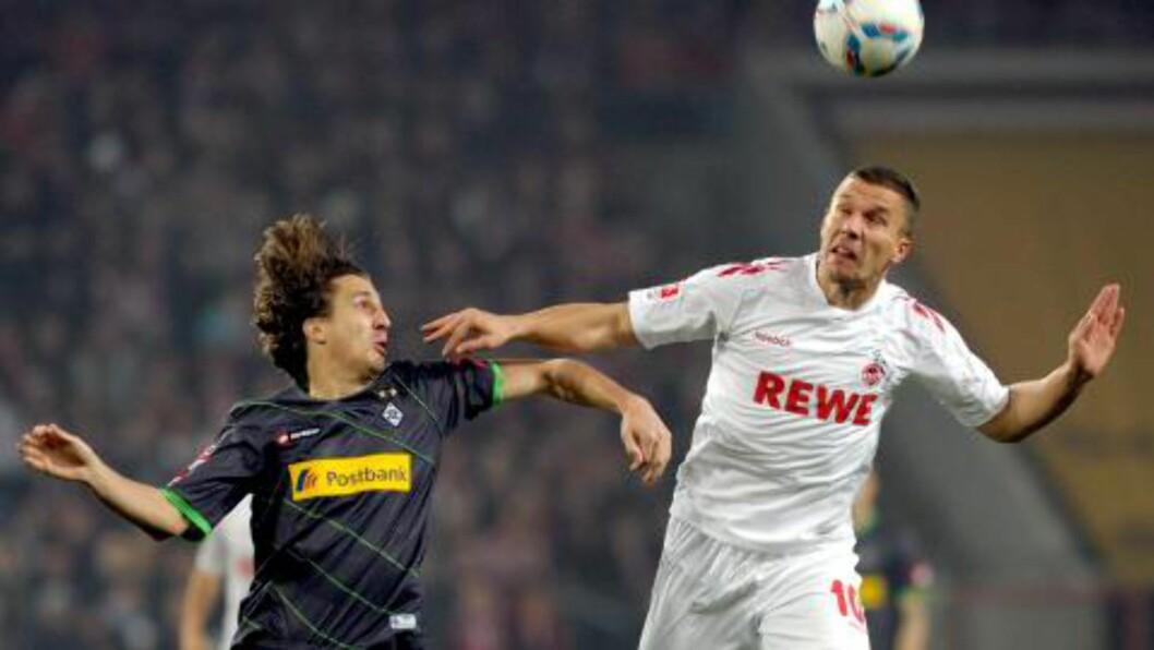 <strong>STJERNE:</strong> Lukas Podolski linkes til Arsenal. Foto: EPA/FEDERICO GAMBARINI