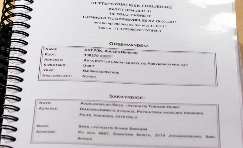 RAPPORTEN: Torgeir Husby og Synne Sørheim konkluderer i sin 243 sider lange rapport at Anders Behring Breivik er strafferettslig utilregnelig. Foto: Cornelius Poppe / SCANPIX