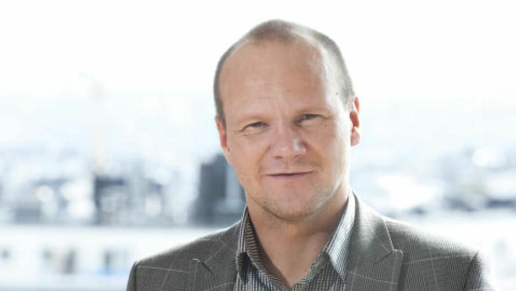 TROLIG REKORDår:  Informasjonssjef i hovedorganisasjonen Virke, Øystein Ingdahl, tror hver nordmann vil bruke 9900 kroner på julehandelen. Foto: Hovedorganisasjonen Virke