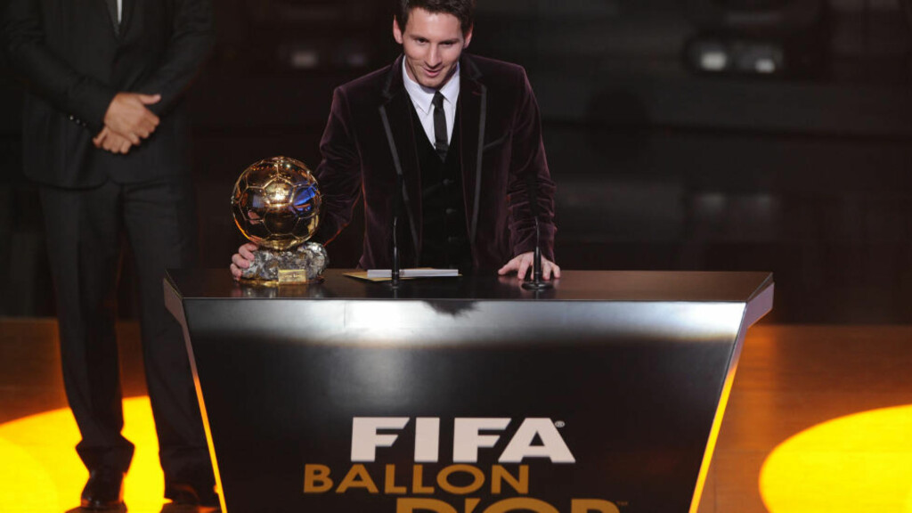 VANT GULLBALLEN: Lionel Messi.  Foto: AFP PHOTO / FRANCK FIFE