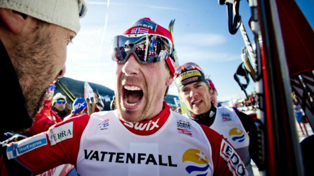 <strong>SEIERSGLEDE:</strong> Eldar Rønning kunne juble for seier på lørdagens klassiske fellesstart på skistadion i Lago di Tesero i Val di Fiemme. Foto: Thomas Rasmus Skaug