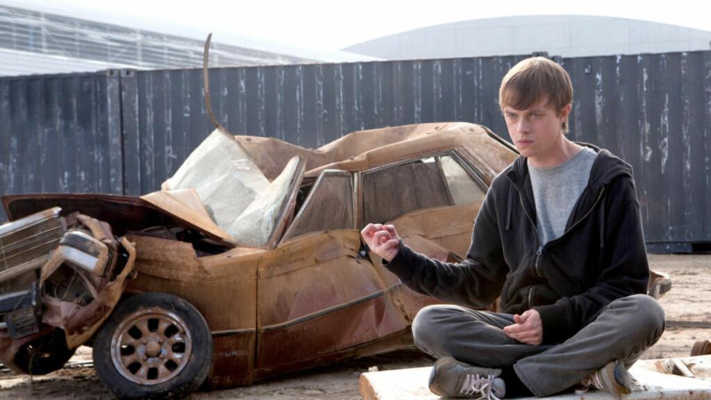 STERK I NEVEN: Andrew (Dane DeHaan) får enorme krefter i «Chronicle» og kunne blitt bilopphogger, hvis han ville.