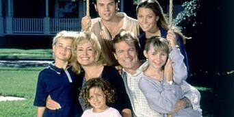 image: - Serien kunne bare kommet tilbake dersom Stephen Collins karakter var død