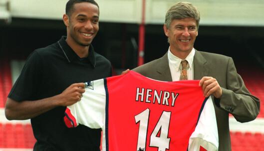 <strong>SUPERSTJERNE:</strong> Thierry Henry med Arsenal-manager Arsène Wenger. Foto: NTB Scanpix