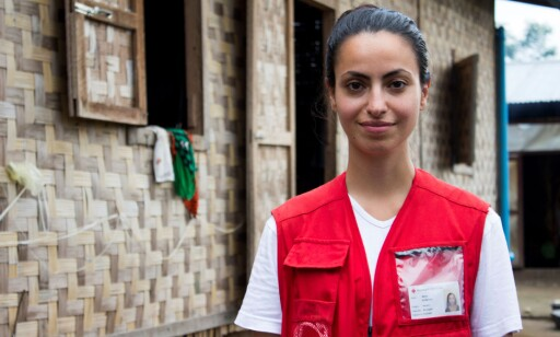 I FELTEN: Røde Kors sin kommunikasjonsrådgiver Maria Korkunc.