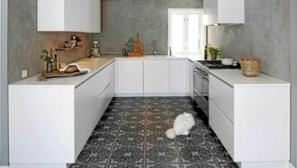 INDUSTRIKJØKKEN: Det er blitt mer populært med betong i interiøret. FOTO: Espen Grønli