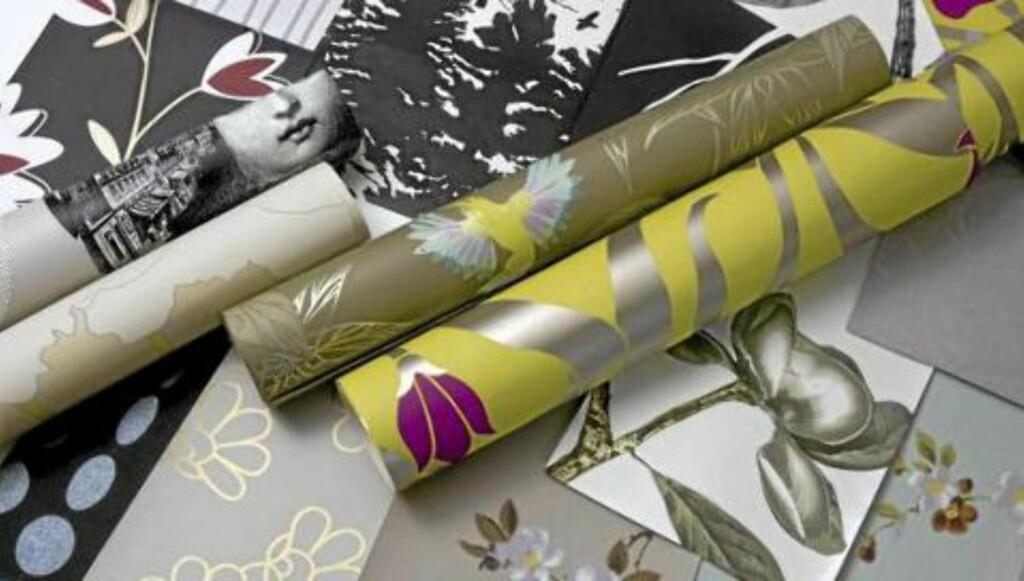 VELG OG VRAK: Har du tapetrester liggende kan du godt bruke de i sprutsonen for å tilføre litt farge og mønster på kjøkkenet. FOTO: Helge Eek