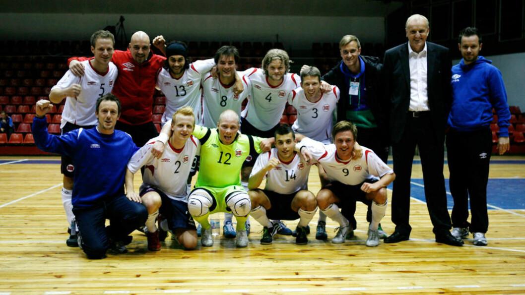 <strong>TIL NESTE RUNDE:</strong> Seieren mot Andorra holdt til å sende futsallandslaget videre til neste runde i VM-kvalik. Foto: Guttorm Lende