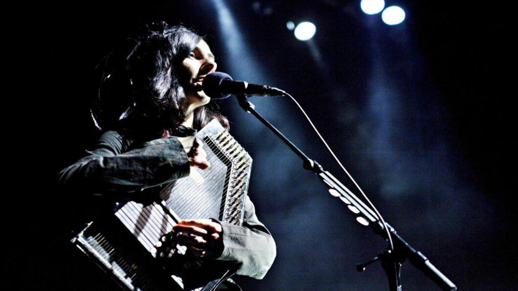 <strong>KJØLIG OG GOD:</strong> PJ Harvey konsert på Sentrum scene i Oslo. Foto: Nina Hansen / Dagbladet