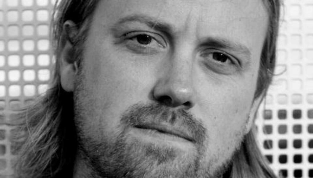 <strong>PÅRØRENDE:</strong> Kronikkforfatter Jørgen Jelstads mor har ME. Nå har han skrevet boka «De Bortgjemte - og hvordan ME ble vår tids mest omdiskuterte sykdom». Foto: Privat