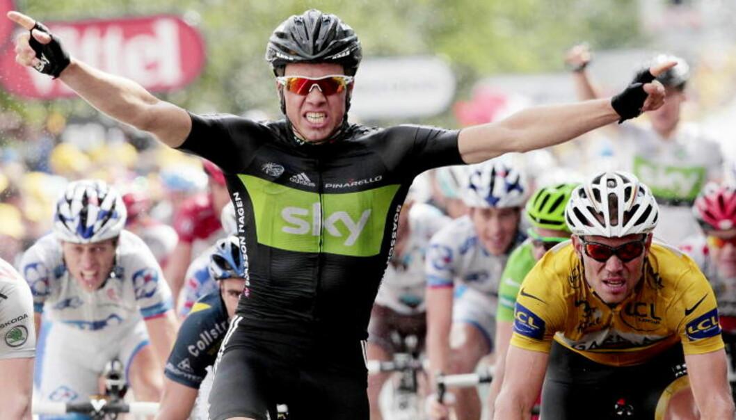 <strong>SEIEREN:</strong> Edvald Boasson Hagen vant sjette etappe i Tour de France foran Thor Hushovd (t.h.). Dermed får han rallyturen Solberg lovet ham dersom han vant minst én etappe. Edvald vant to. Foto: Stian Lysberg Solum, Scanpix