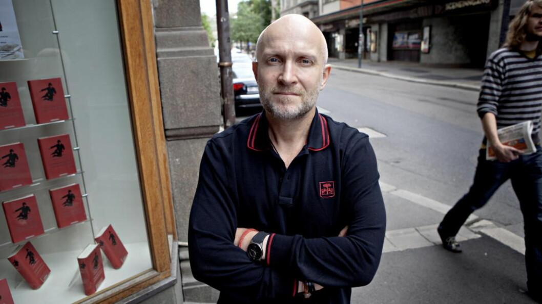 KJÆRLIGHETSDIKTER: Lars Saabye Christensen har skrevet årets Redd Barna-bok.Foto: Lars Eivind Bones / Dagbladet