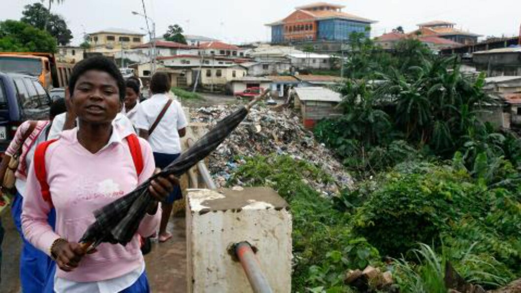 OLJEMAKT: Ekvatorial Guinea er fattig - men rikt. Oljerikdommen kommer ikke innbyggerne til gode. Foto: AP/Rebecca Blackwell/Scanpix