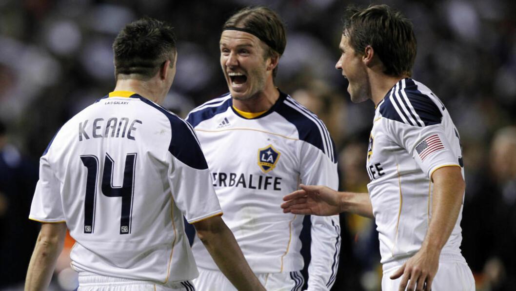 <strong>FINALEKLARE:</strong> Robbie Keane (t.v.) feirer scoring for Los Angeles Galaxy med David Beckham og Todd Dunivant. Foto: Alex Gallardo, Reuters/Scanpix