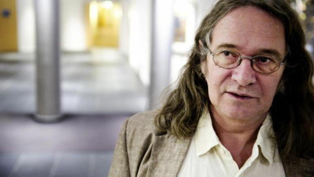 SPENNENDE: «Elling»-forfatter Ingvar Ambjørnsen håper på USA-versjon av karakteren hans. Foto: Øistein Norum Monsen / DAGBLADET