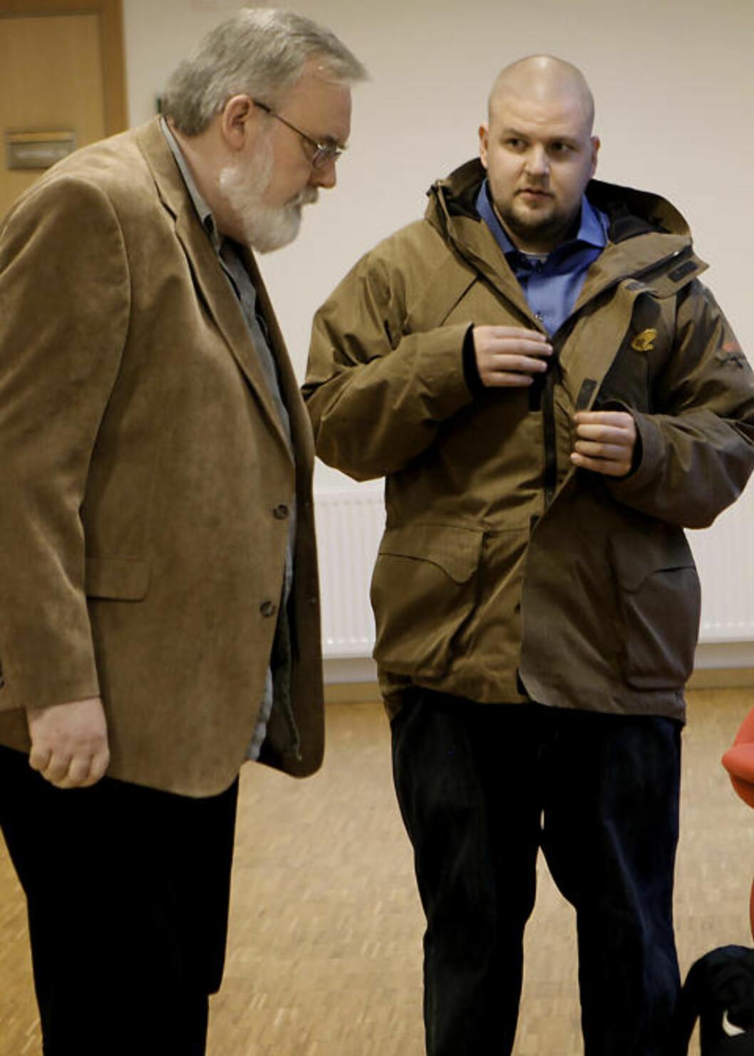 <strong>DAGLIG LEDER:</strong> Daglig leder og SOS Rasismes mektigste mann, Kjell Gunnar Larsen står sammen med nestleder Kenneth Fuglemsmo. Larsen er styremedlem i den kommunistiske gruppa Tjen Folket. Fuglemsmo leder ungdomsavdelingen der, Revolusjonær kommunistisk Ungdom. Foto: ERLING HÆGELAND/Dagbladet