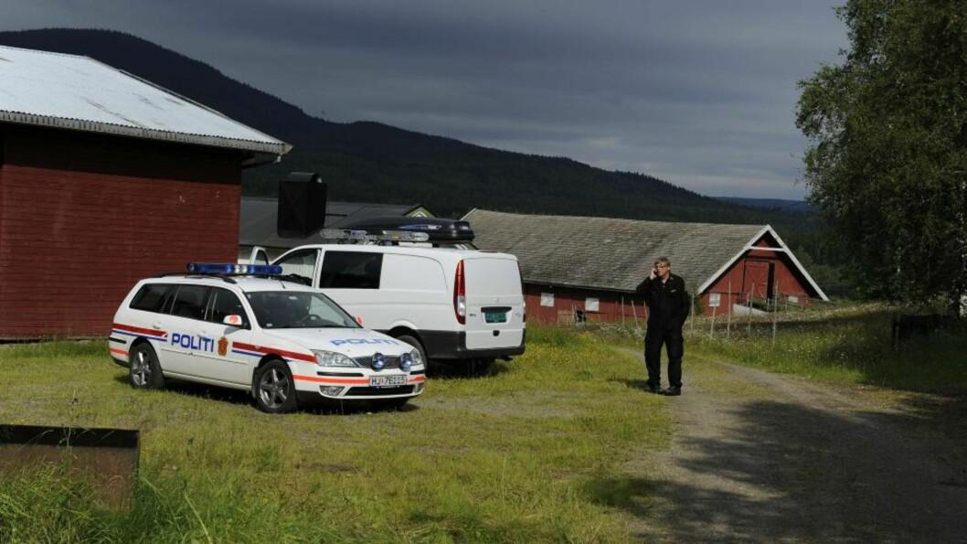 <strong>BODDE HER:</strong> Terrorbomba ble trolig produsert på denne gården i Rena. Foto: John T. Pedersen