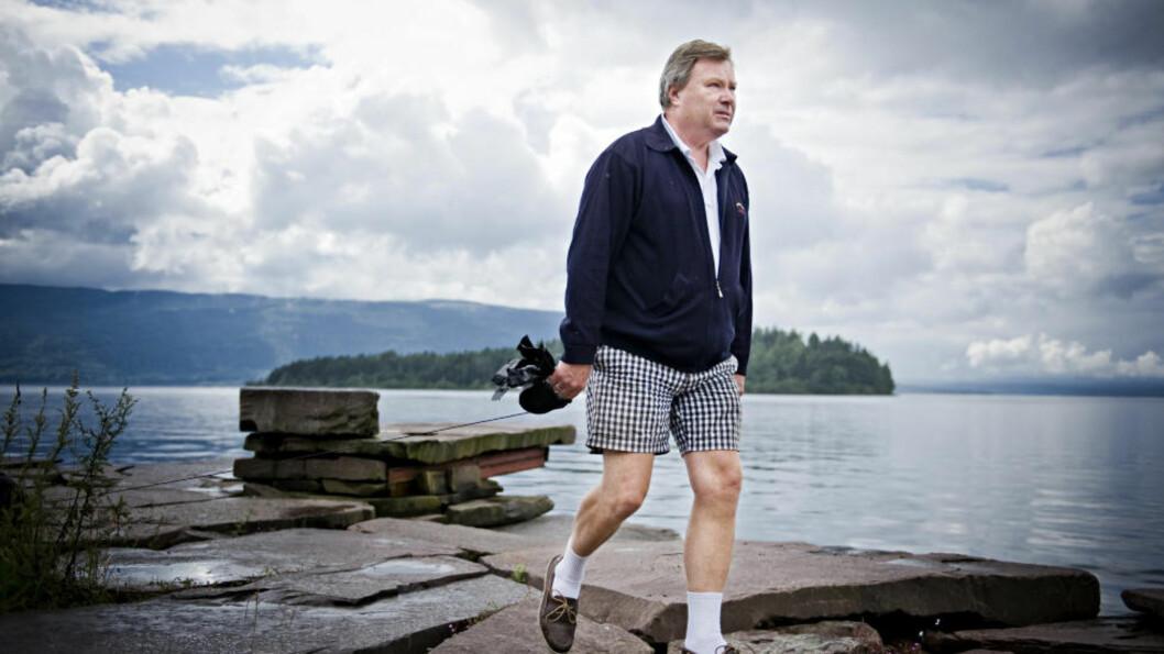 <strong> REDNINGSMANN:</strong>  Terje Otterbech var en av flere som hjalp de skrekkslagne ofrene for Utøya-massakren i land på fastlandet. Selv var han mektig fortvilet over at dette var en oppgave han og andre sivilpersoner måtte gjøre alene. Foto: Benjamin A. Ward/ Dagbladet