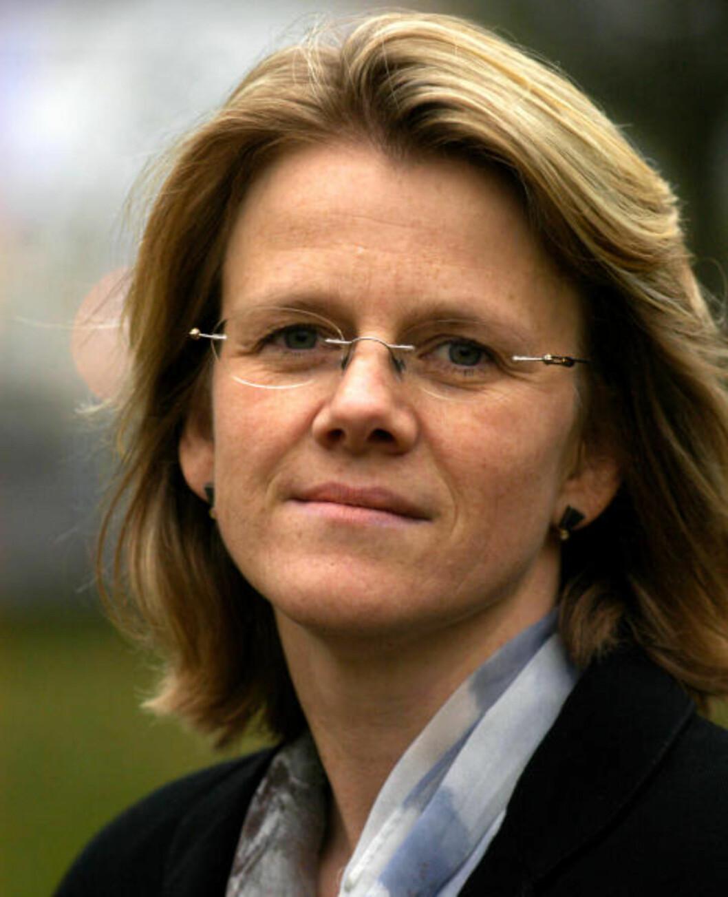 <strong>KRITISERER POLITIKERNE:</strong> Professor Hilde Bjørnland kritiserer amerikanske og europeiske politikere for manglende gjennomføringsevne. Det gjør at vi kan stå overfor en ny alvorlig situasjon i verdensøkonomien. Foto: BI
