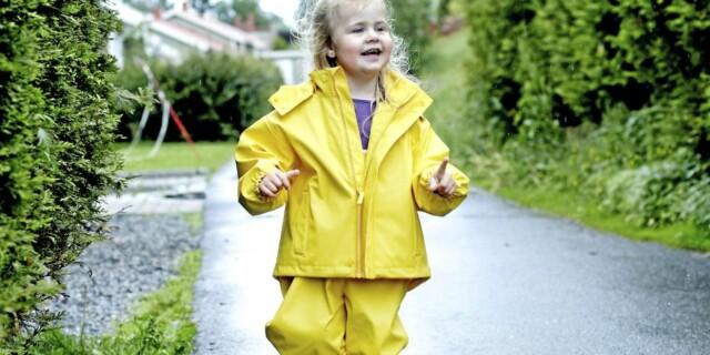 0864bd7f STOR TEST: Testfakta har på oppdrag fra Foreldre & Barn testet 13  regndresser for