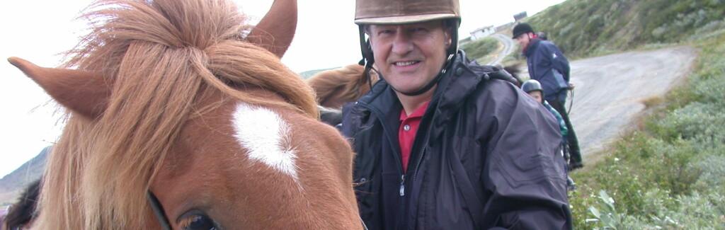 Bytt ut apostlenes hester med en ekte gamp, og naturopplevelsen blir helt annerledes. Foto: Stine Okkelmo