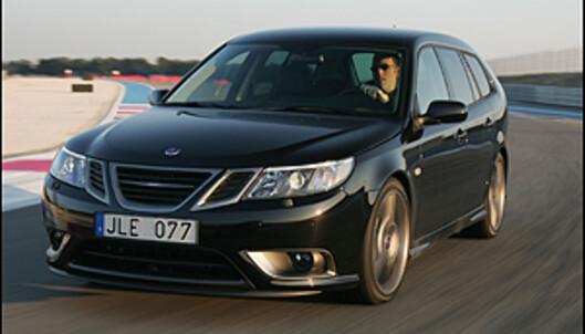 "Den ultimate Saab 9-3: Nye ""Black Turbo"" (Turbo X) i fint driv på Paul Ricard"
