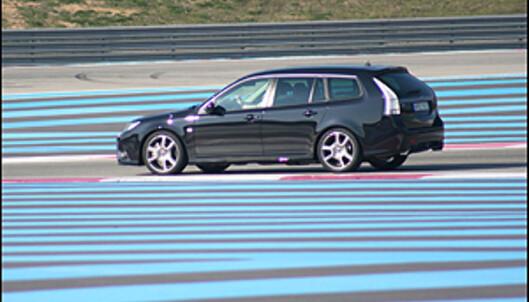 <strong>Psykedelisk effekt:</strong> Sikkerhetssonene på F1-banen er fargelagt.