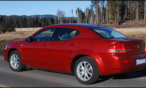 image: TEST: Nye Dodge Avenger - alternativt i mellomklassen