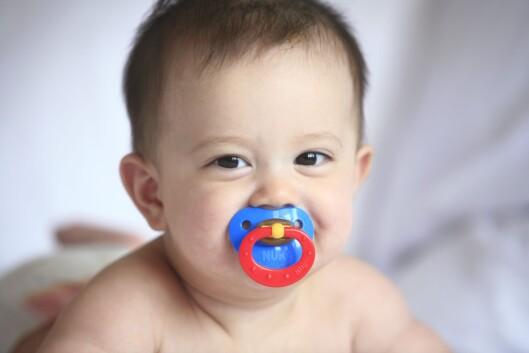 AVVENNING FRA SMOKKEN: Forberedelse og samarbeid med barnet er viktig. Foto: NTB scanpix
