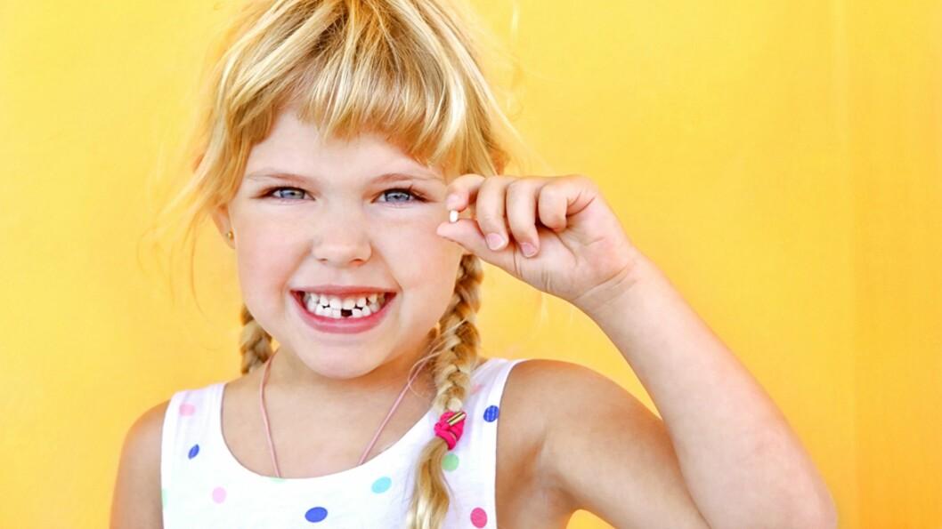 <b>NÅR TANNFEEN KOMMER PÅ BESØK FOR FØRSTE GANG:</b> I likhet med alle andre særdeles viktige yrker finnes det klare retningslinjer for tannfeer! Foto: NTB Scanpix