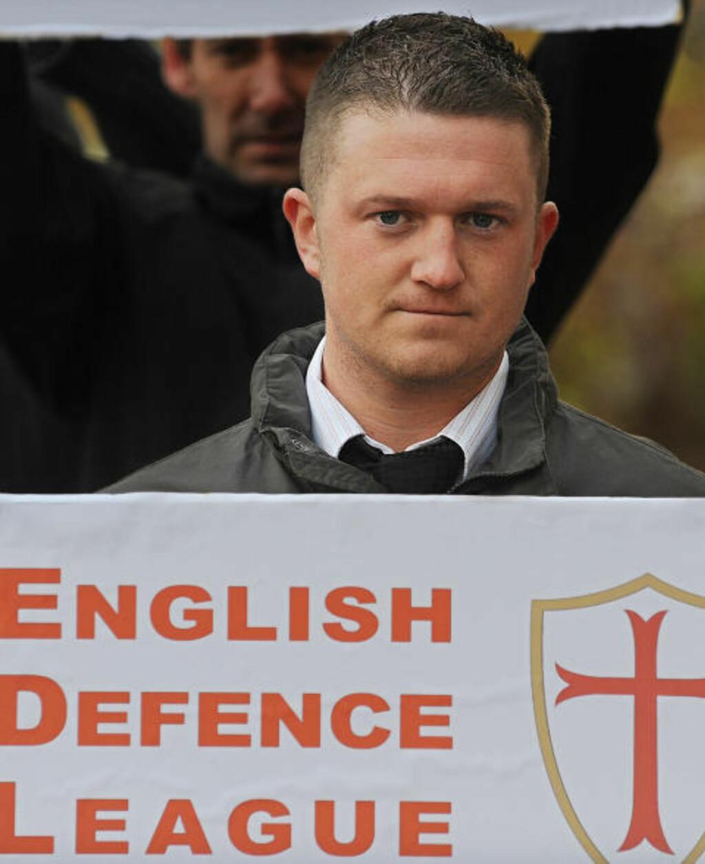 KOMMER IKKE: Talsperson for English Defence League, Stephen Lennon, kommer ikke til Norge i morgen. Det gjør derimot venner av ham fra organisasjonen. Her må han møte i retten, anklaget for overfall mot en politimann under en demonstrasjon. Foto: BEN STANSALL/AFP