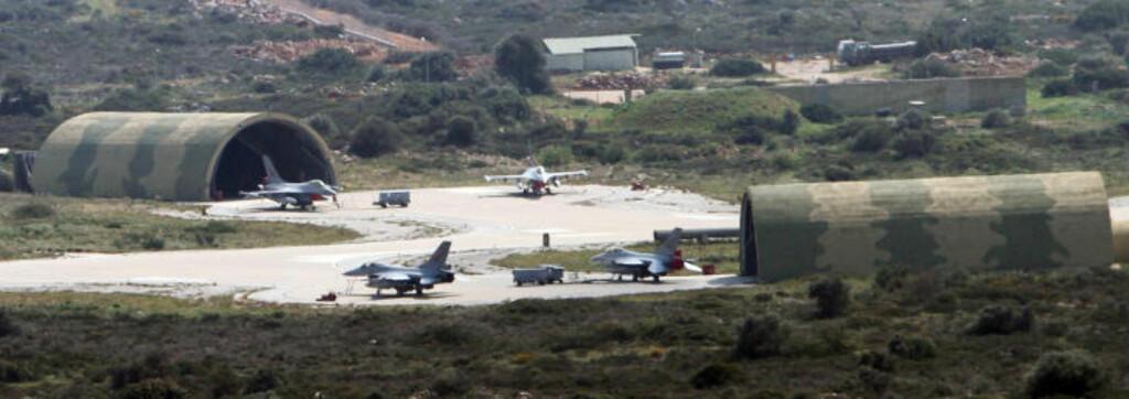 HER HOLDER DE TIL: Her står de norske F16-flyene stasjonert på Souda Bay-basen på Kreta. Foto: Kristoffer Egeberg/Dagbladet