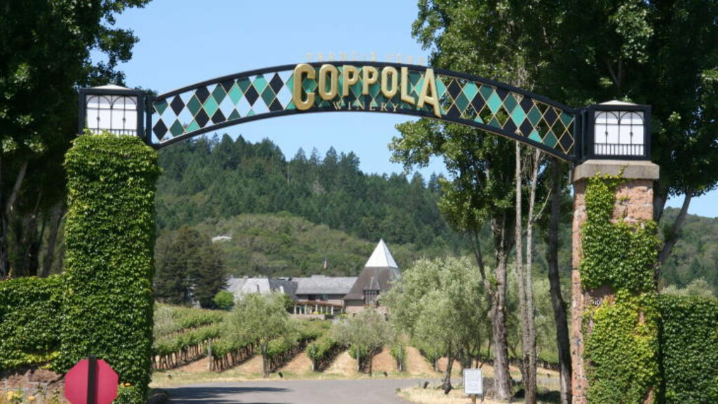 I SONOMA-DALEN: Francis Ford Coppola Winery i Geyserville utenfor San Francisco.