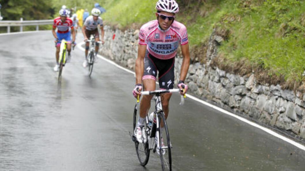 <strong>VANT KOMFORTABELT:</strong> Alberto Contador var i en egen glasse i Giro d'Italia, og vant tre ukers-rittet komfortabelt. Foto: AFP Photo / Luca Bettini