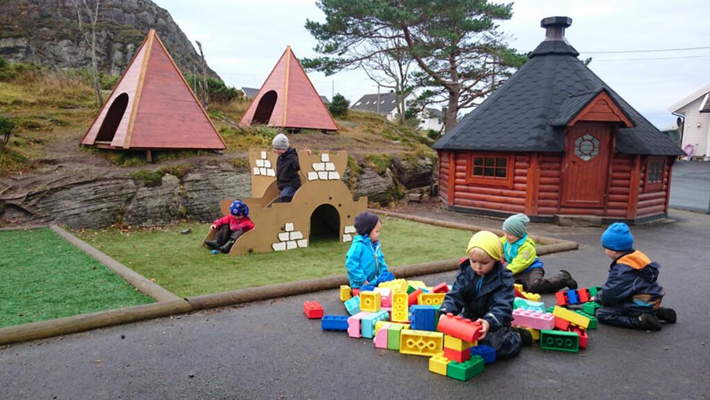 dfcc6077 UTEBARNEHAGE: Ungene i Langøy friluftsbarnehage utenfor Bergen er ute hele  dagen hele året, og