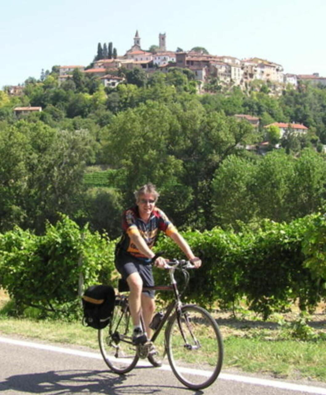SYKKELTUR: Aktiv ferie i gourmetparadiset Piemonte. Foto: Vidy Reiser
