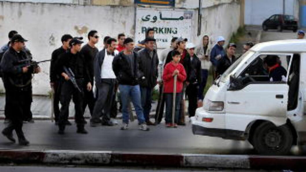 <strong>KAOS:</strong> Tunisa er på randen av kaos. Foto: Jacques Hvistendahl (Dagbladet)