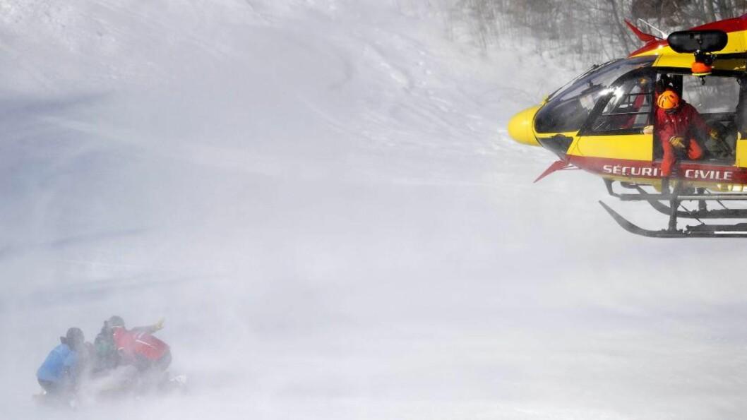 <strong>STYGT FALL:</strong> Østerrikeren Mario Scheiber falt stygt under utfortrening i Chamonix fredag. Foto: Scanpix / EPA / Nicolas Bouvy