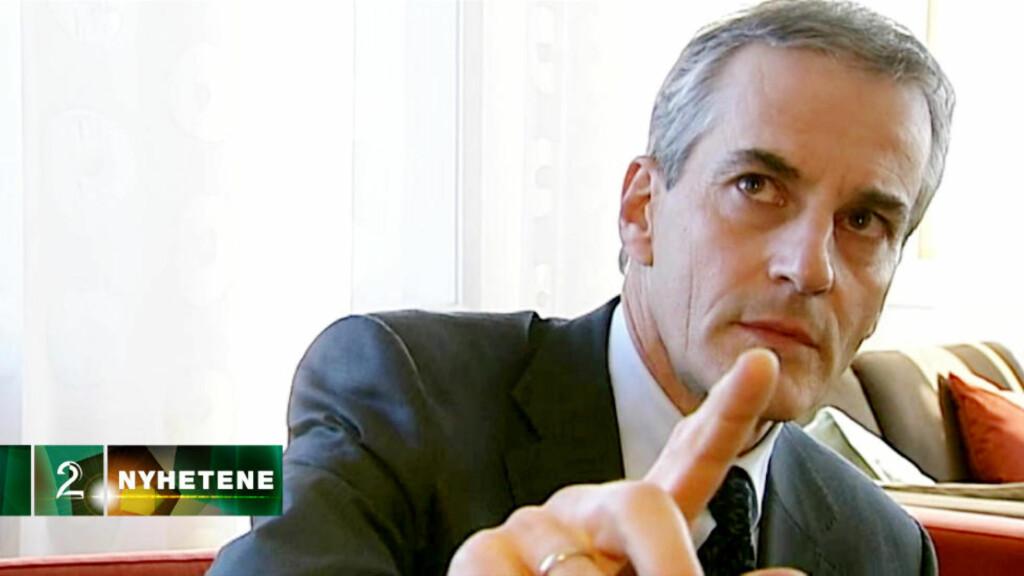 Inrømmer kontakt: Utenriksminister Jonas Gahr Støre ber TV2 sin reporter Pål T. Jørgensen stoppe intervjuet, når han blir spurt om han har hatt møte med Hamas-leder Khaled Meshaal. Foto: TV 2