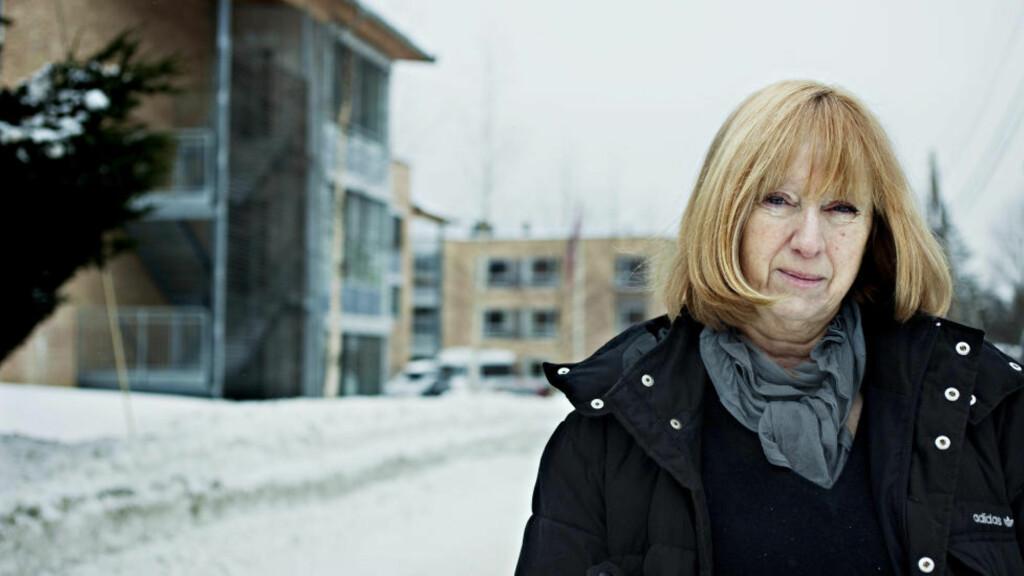 FØLER SEG OVERSETT: - Kommunen vil spare penger. De private selskapene vil tjene penger. De gir blaffen i oss, sier Berg, som sier de ansatte er glad i jobben, sier hovedtillitsvalgt for sykepleierne ved Midtåsenhjemmet på Nordstrand, Birgit Rekvig Berg. Foto: NINA HANSEN/DAGBLADET