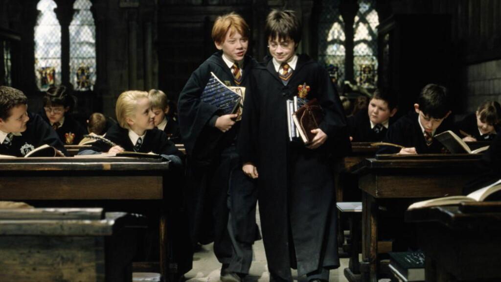 SATTE STANDARDEN: Harry Potter-bøkenes popularitet førte til et skred av av historier om unge helter som blir trukket inn i en magisk verden, der de blir sentrale skikkelser i kampen mellom godt og ondt. Foto: FILMWEB