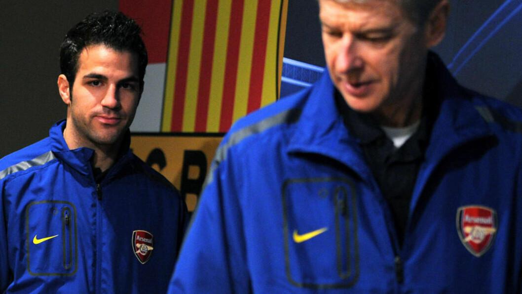 <strong>FØLELSESLADD:</strong> I kveld kan Cesc Fabregas få et følelsesladd møte med sin tidligere klubb Barcelona på Camp Nou. Foto: AFP PHOTO/LLUIS GENE