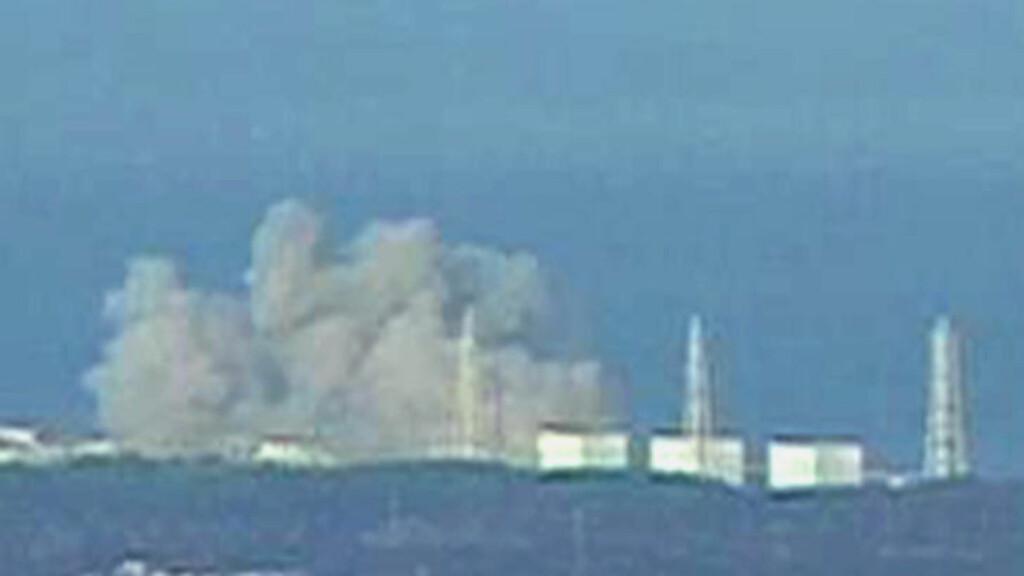 DEN STORE FRYKTEN:  Stadig flere innbyggere i Sendai frykter nå at atomnedfall etter eksplosjonene på Fukushima-kraftverket også skal ramme dem, om lag 90 kilometer unna. FOTO: REUTERS TV/SCANPIX.