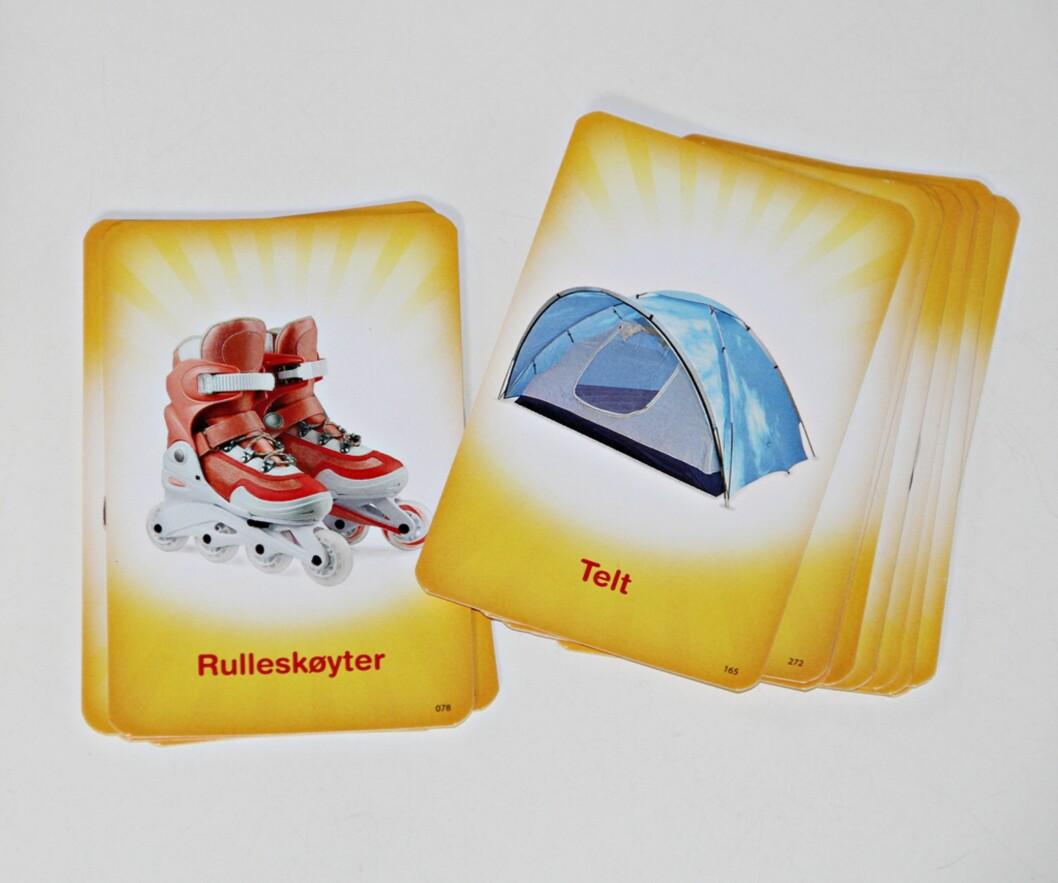 ORDKORT: Kortene i Junior Alias har både tekst og bilde, noe som gjør det enklere for de små. Foto: Privat