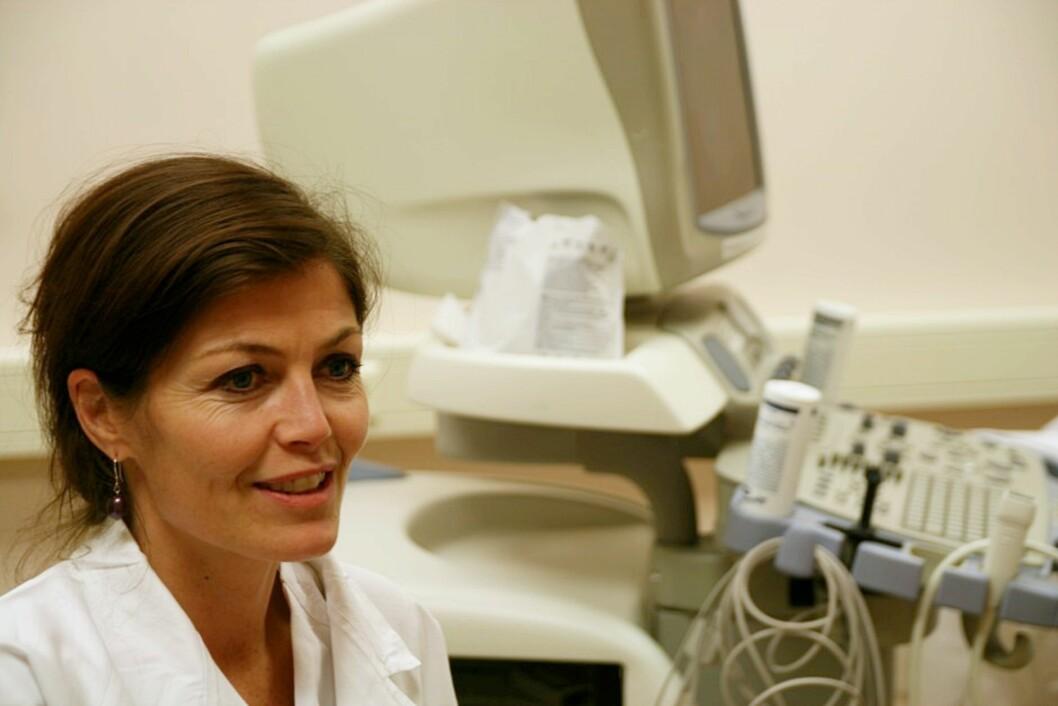 SJELDEN HJERTESVIKT: - Og cirka halvparten blir helt friske igjen, forteller Mette-Elise Estensen, overlege ved Kardiologisk avdeling på Rikshospitalet. Foto: Privat